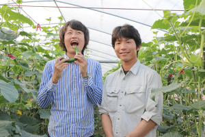 農家とツーショット